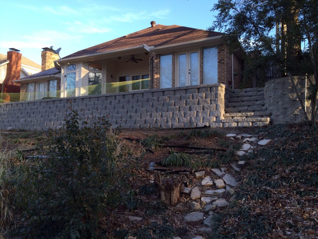 A beautiful retaining wall installed in Denver for a happy customer
